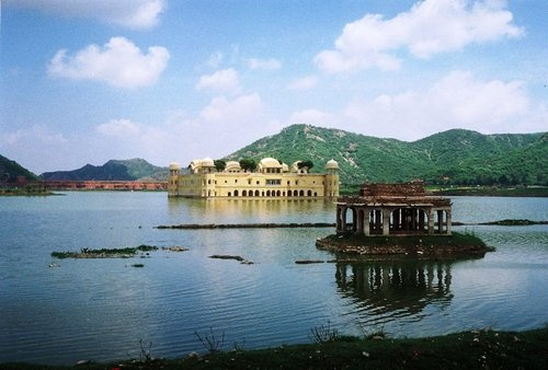 Jal-Mahal-Man-Sagar-Lake