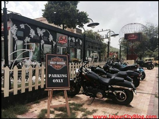 Places to Visit in Jaipur - Skywaltz Cafe