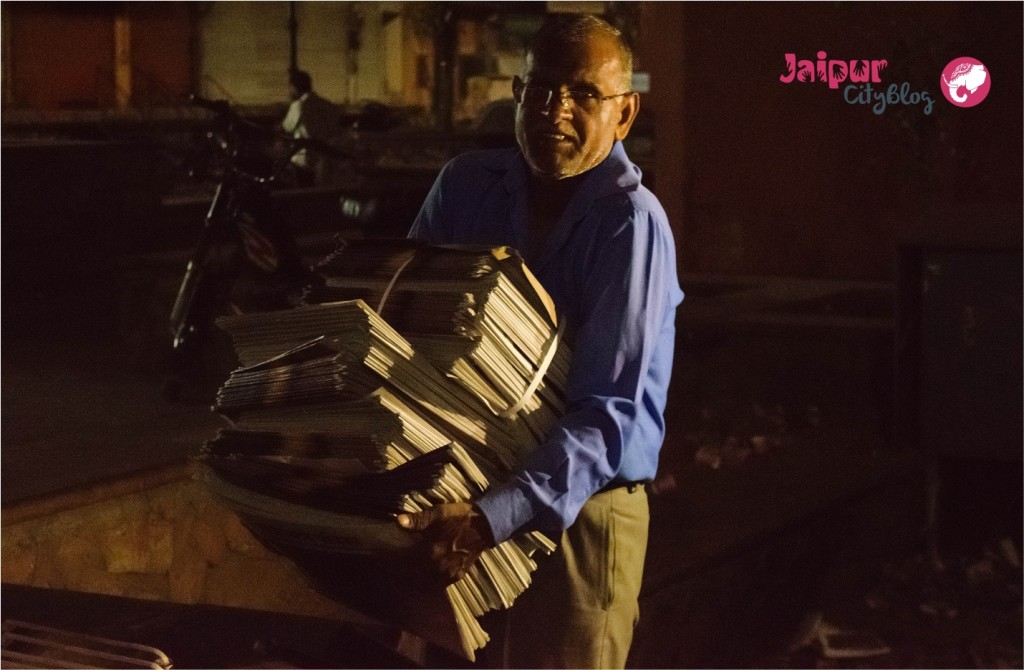 newspaper hawker in jaipur
