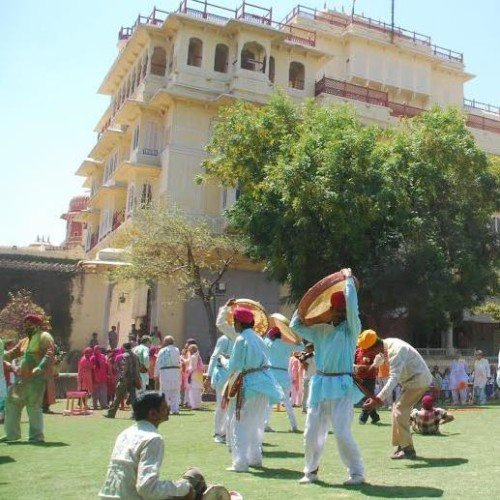holi in city palace