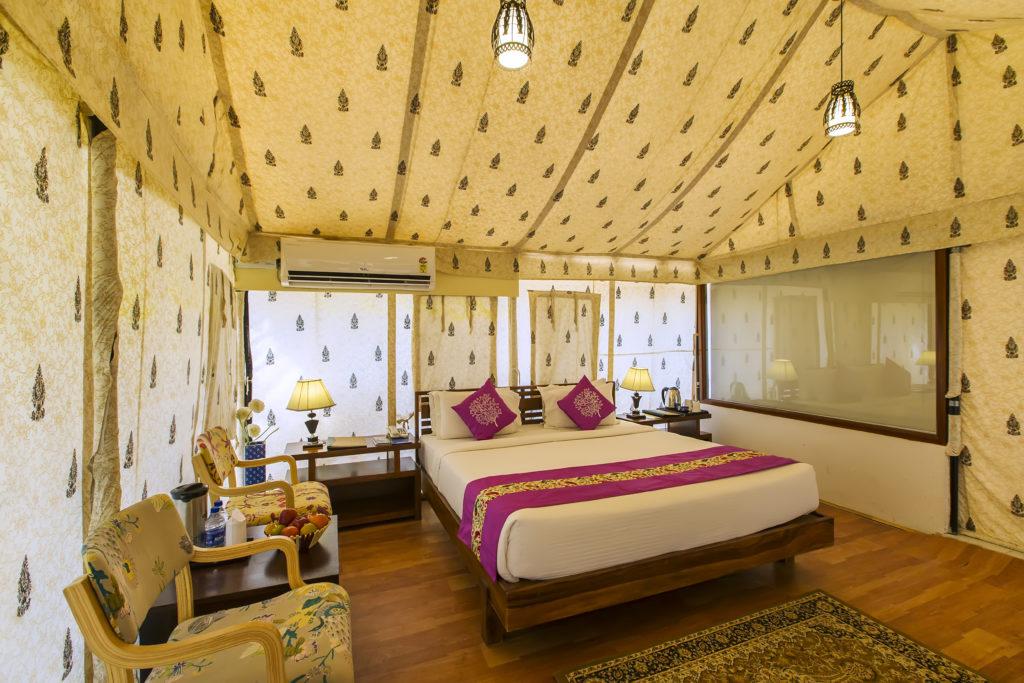 camp-room at heiwa heaven