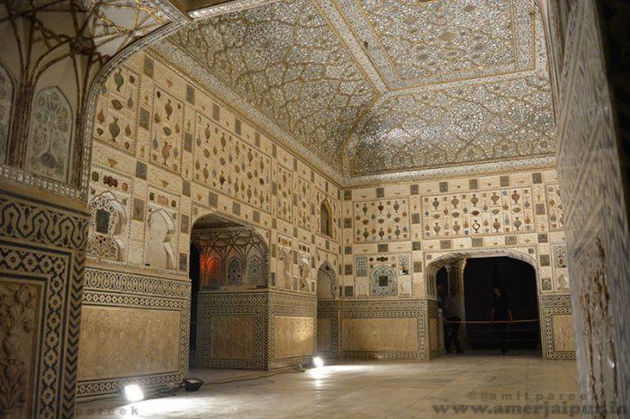 Sheesh Mahal: Jaipur